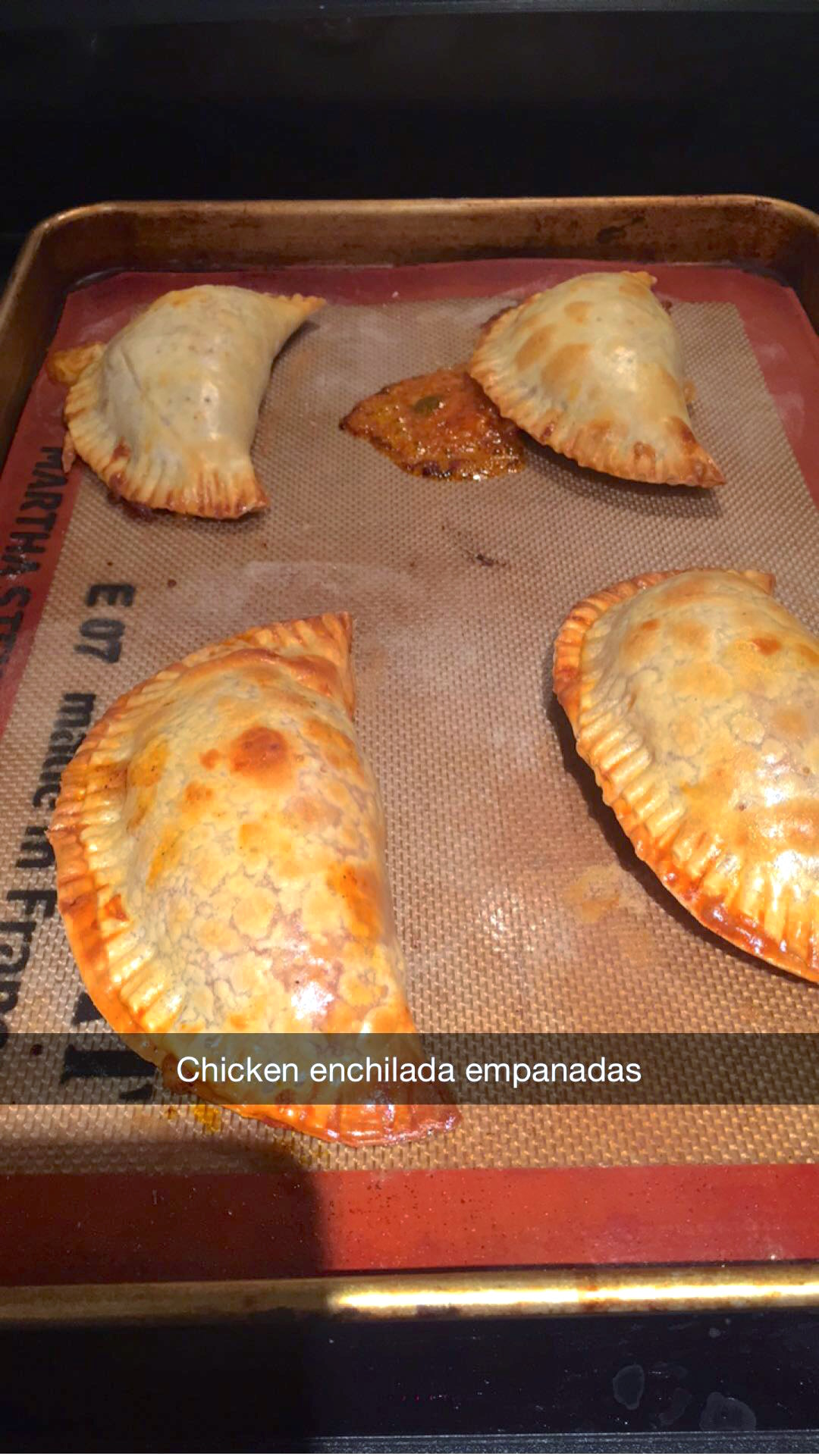Snapchat recipes baked chicken enchilada empanadas rehana du jour i had half a chicken leftover from my rotisserie chicken you can also use the grilled chicken recipe and shredded it up which was 15 cups of shredded forumfinder Gallery
